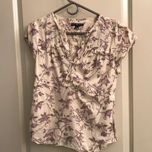 Light and pretty blouse with branch/flower pattern